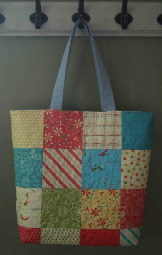 Manualidades en casa bolso patchwork - Manualidades patchwork bolsos ...