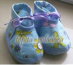 zapatitos de bebe lazo